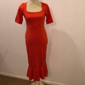Long peplum end dress